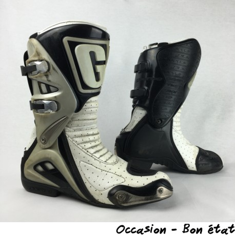 BOTTES RACING GAERNE GRS P.40
