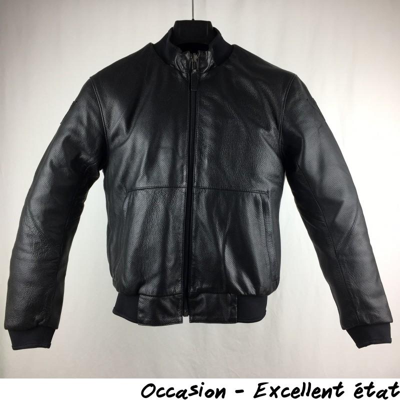 entretien blouson cuir moto bering les vestes la mode sont populaires partout dans le monde. Black Bedroom Furniture Sets. Home Design Ideas